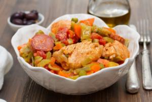 Photo de poulets aux haricots et chorizo